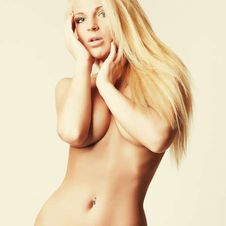 glamour naked attractive blonde girl