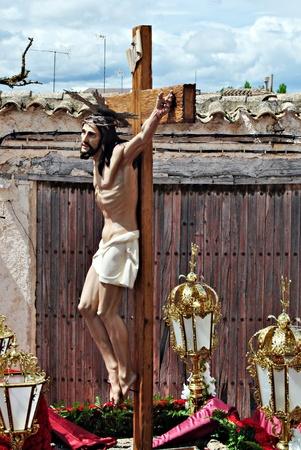 procession: Jesucristo en la cruz durante una procesi�n de Semana Santa en Espa�a