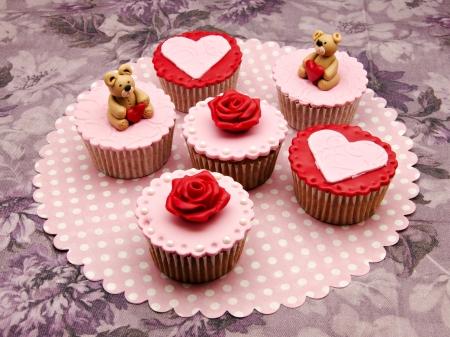Valentine cupcakes Stock Photo - 17308302