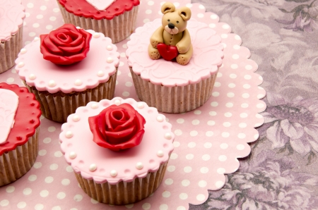 Valentine cupcakes Stock Photo - 17308300