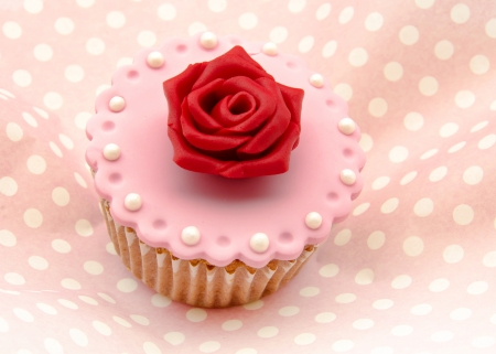 Valentine cupcakes Stock Photo - 17308242