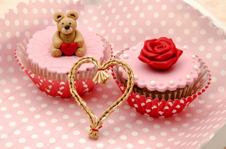 Valentine cupcakes Stock Photo - 17308303