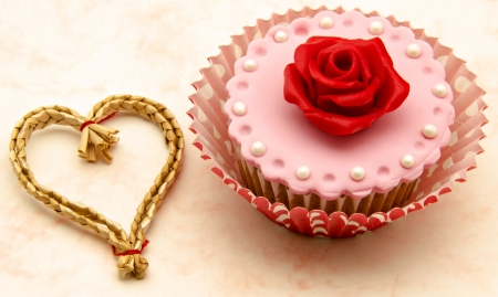 Valentine cupcakes Stock Photo - 17308273