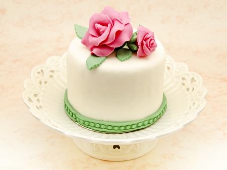 Cake decorated with fondant Stock Photo - 17332900