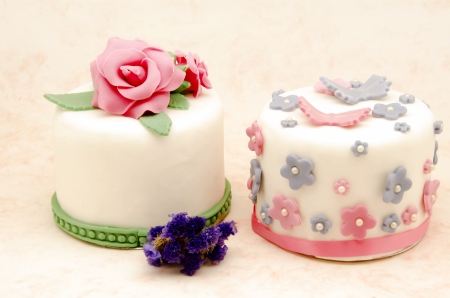Cake decorated with fondant photo