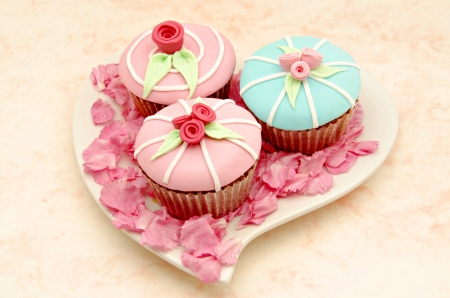 Valentine cupcakes Stock Photo - 17481953