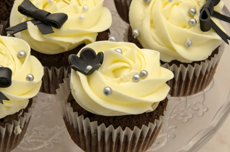 Wedding Cupcakes Stock Photo - 18546934