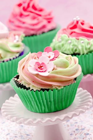 Cupcakes decorated Stock Photo - 22376667
