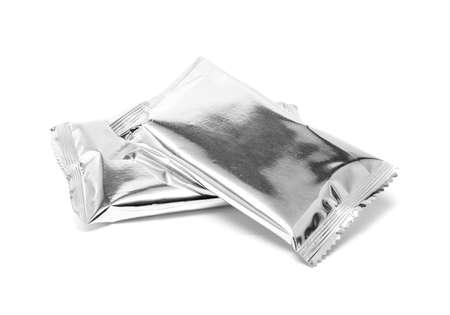 blanco snack folieverpakking op een witte achtergrond Stockfoto
