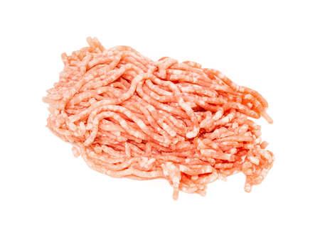 vers gemalen varkensvlees op een witte achtergrond