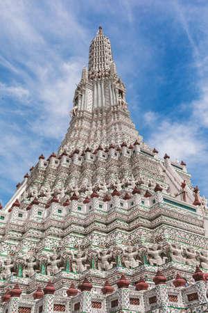Wat Arun Ratchawararam Ratchawaramahawihan The Temple of dawn or short name is Wat Arun is among the best known of Thailand's landmark on the Thonburi west bank of the Chao Phraya River in Bangkok Yai district of Bangkok, Thailand