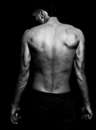 hombres sin camisa: Lean encaja a chico con muscular espalda