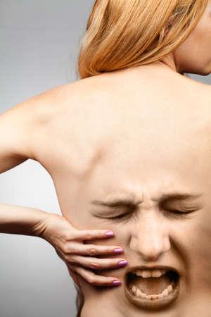 dolor de espalda: Concepto de dolor de espalda - columna vertebral de la cintura en agon�a