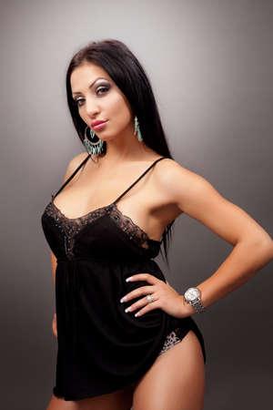 voluptuosa: Glamour retrato de una mujer sexy Foto de archivo