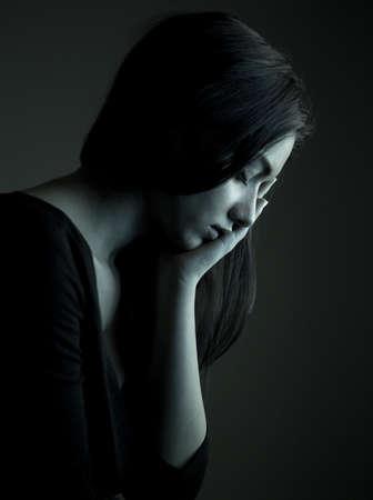 Vrouw voelt pijn van kiespijn Stockfoto