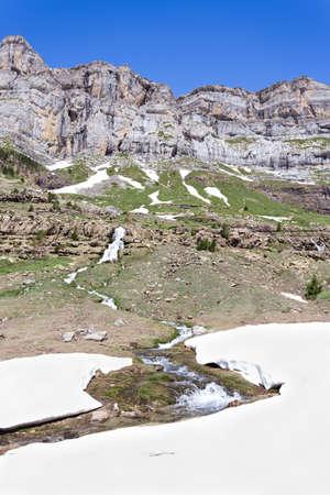 perdido: Waterfall in the spanish national park Ordesa and Monte Perdido, Pyrenees