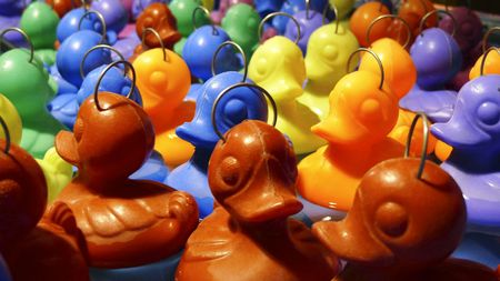 bash: Floating ducks in a fairground sideshow