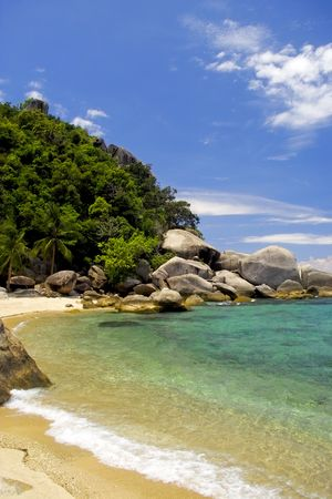 A small sunny bay on an island in Thailand Stock Photo - 5937925