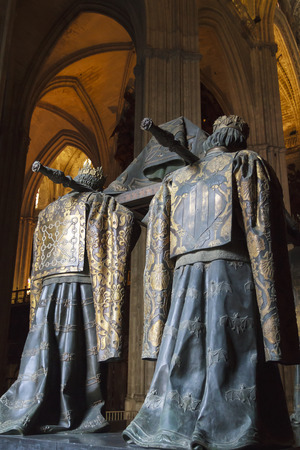 heralds: SEVILLE, SPAIN-MAY 8, 2013 Tomb of Christopher Columbus, crypt statues in Seville Cathedral in Andalusia where heralds dressed in full court mourning carry the sarcophagus  Editorial