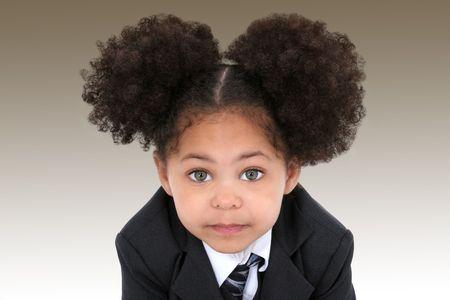 Nahaufnahme der eine schöne Little Business Woman In Jacke und Krawatte. Riesige Hasel Augen.  Standard-Bild - 4072152