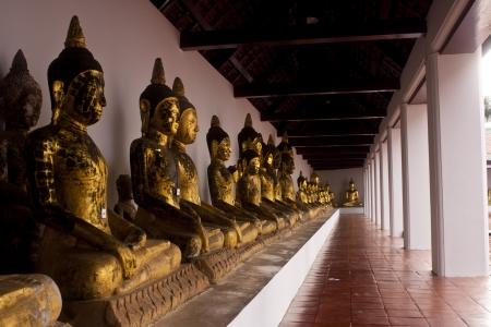bondad: Estatua de Buda Foto de archivo