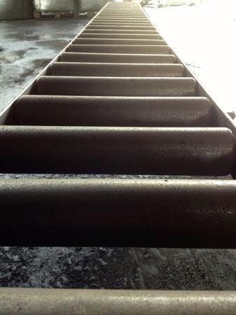 steel: Steel roller conveyor