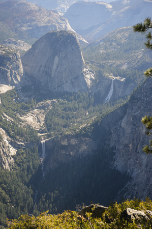 sierra: Yosemite valley on a spring morning, as seen from glacier point. Stock Photo