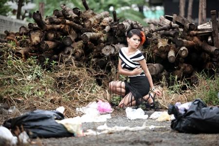 fashion photos: Fashion photos with a pile of junk