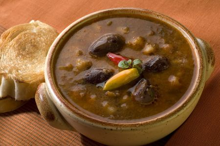 con: chili con carne in a bowl close up