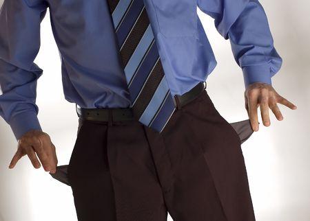 bolsillos vacios: hombres de negocios que muestra su concepto los bolsillos vac�os