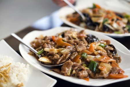 arroz chino: Carne agridulce chino tradicional cerca Foto de archivo