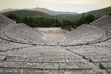 teatro antico: Teatro antico di Epidauro, in Grecia shoot grandangolare Archivio Fotografico