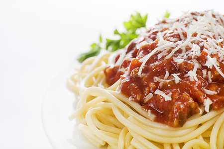salsa de tomate: Placa del espagueti frescos con salsa de tomate y queso parmesano.