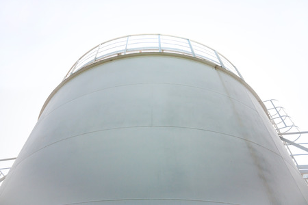 refueling: Fuel store tank of refueling complex