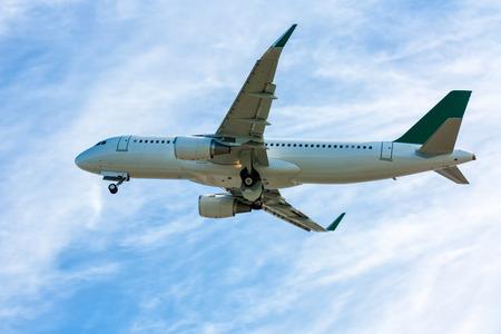 Авиалайнер в воздухе