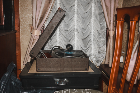 The gramophone in the retro room