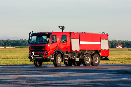 Airfield firetruck at the airport Фото со стока - 98950283