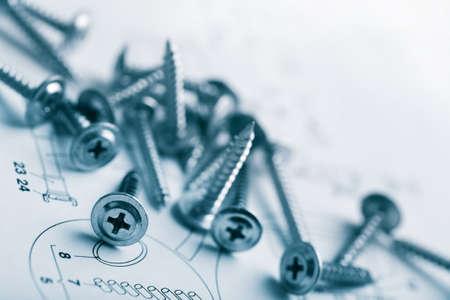 schrauben: Metallschrauben �ber technische Zeichnung Hintergrund Lizenzfreie Bilder