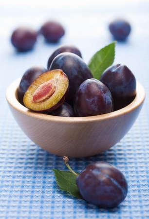 fresh taste: fresh plums