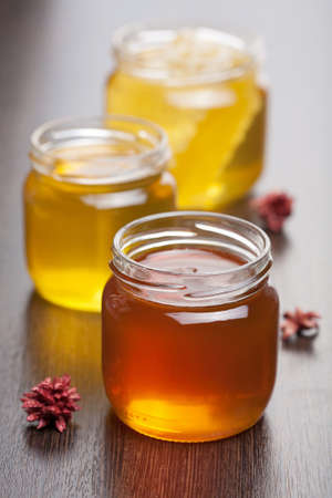 glass jar: honey in jars