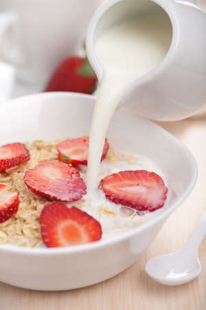 cereal with fresh strawberry Stock Photo - 10022844