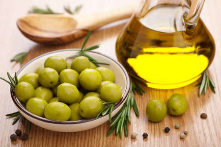 additional: green olives and oil