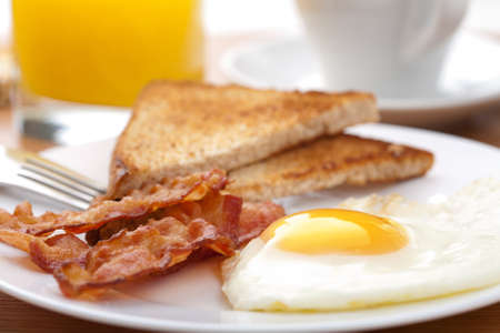 bacon and eggs: egg and bacon with toast
