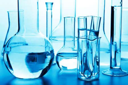 material de vidrio: cristalería de laboratorio químico