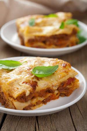 lasagna: cl�sica lasa�a bolo�esa Foto de archivo