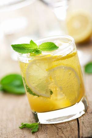 fresh lemonade Stock Photo - 12446675