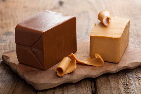 queso de cabra: Queso brunost noruega