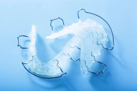 bracket: orthodontic teeth retainer brace bracket