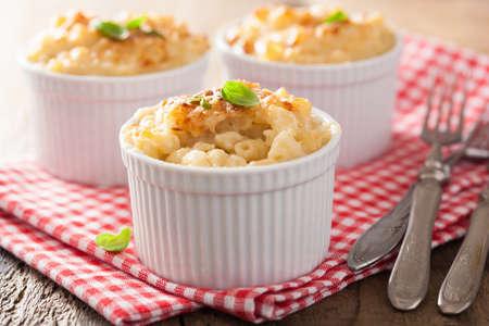 macarrones: macarrones al horno con queso