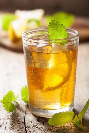 melissa: ice tea with lemon and melissa